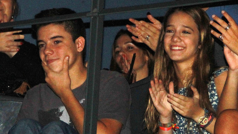 Angela Torres con su novio