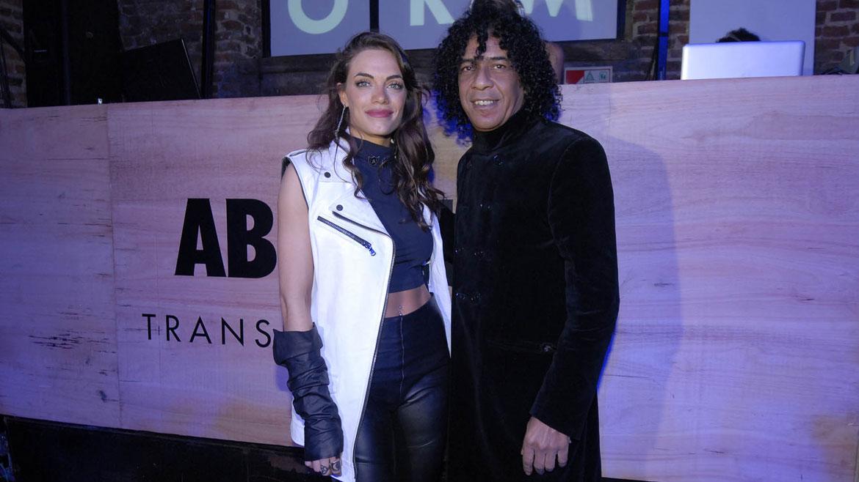 Emilia Attias junto al Negro García