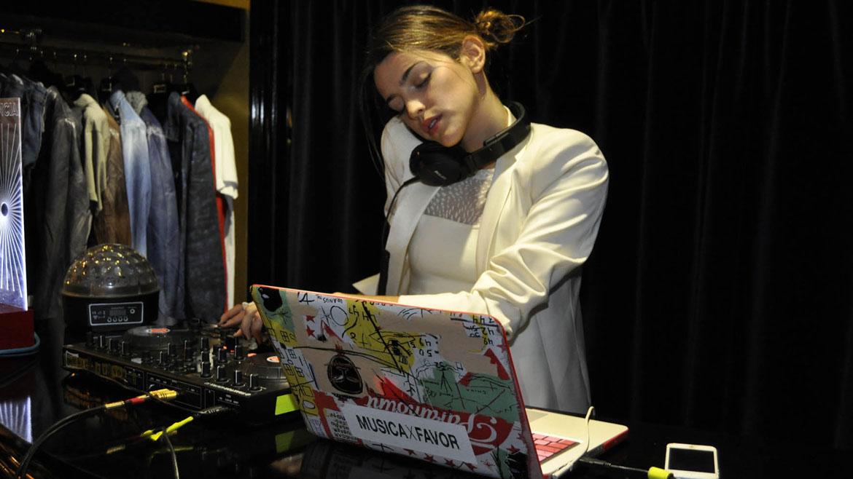 Calu Rivero DJ