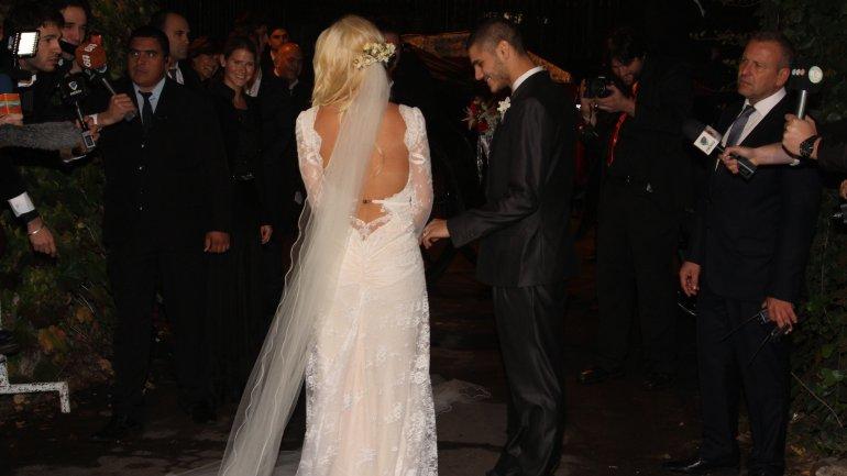 Wanda lució un vestido de Roberto Cavalli