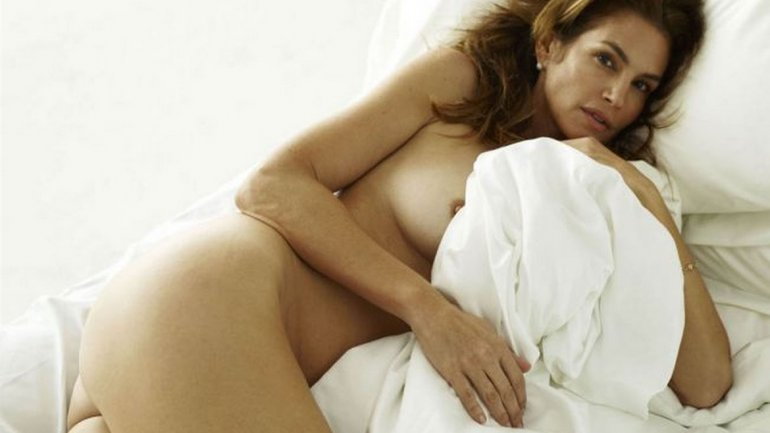 Ertica!: Cindy Crawford, desnuda y sin Photoshop mira