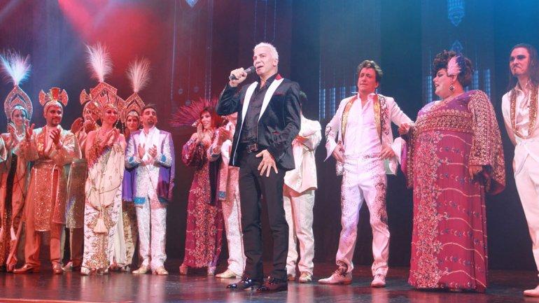 Flavio Mendoza en el estreno de Stravaganza Tango