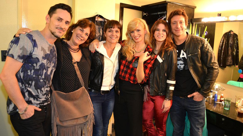 Carlos Casella, Marta Betoldi, Andrea Pietra, Griselda Siciliani, Gimena Accardi y Nico Vázquez