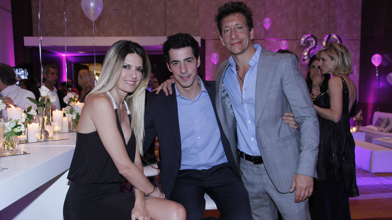 Isabel Macedo, Esteban Lamothe y Nico Vázquez