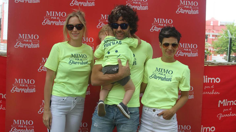 Brenda Gandini, Milo, Mariano Martínez y Agustina Cherri en la caminata Mimmo por el Garrahan