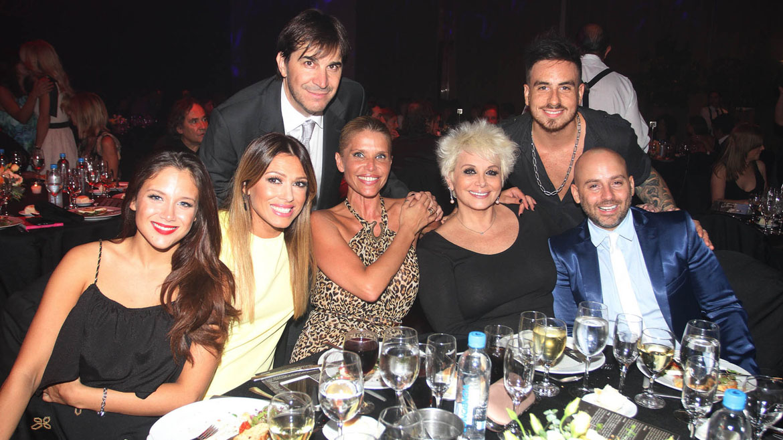 Barbie Vélez, Coki Ramírez, Nazarena Vélez, Carmen Barbieri, José María Muscari, Javier Faroni y Fede Bal