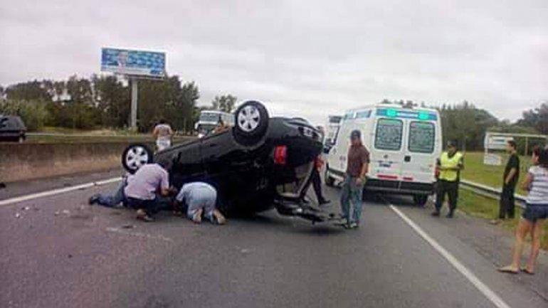 Barbie Vélez tuvo un accidente en la ruta