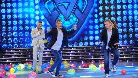 Una postal que no se repetirá: Macri baila con su imitador Martín Bossi