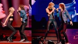Taylor Swift en el escenario con Mick Jagger