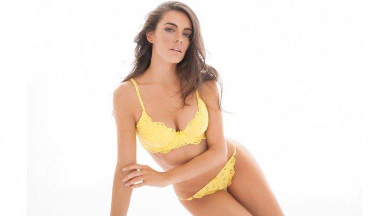 Emilia Attias Hot Nude 3