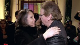 Florinda Meza y Carlos Villagrán se reencontraron en el funeral de Chespirito