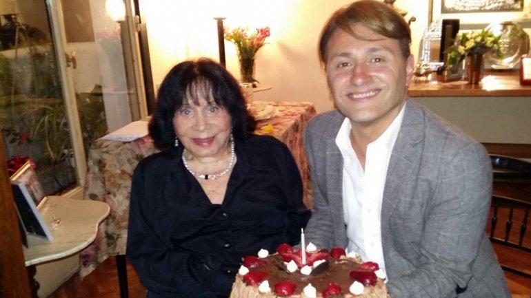 Amelia Bence junto a Daniel Gómez Rinaldi en el festejo de su cumpleaños
