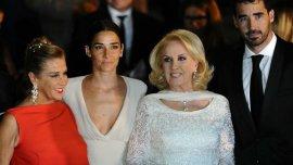 Mirtha Legrand y su familia en la gala del Colón