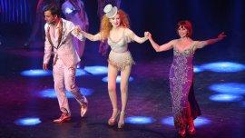 Nacha Guevara, Fernando Dente y Eleonora Cassano en Stravaganza, sin reglas para el amor