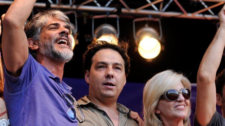 Pablo Echarri, Fernán Mirás y Mercedes Morán en la Plaza de los Artistas
