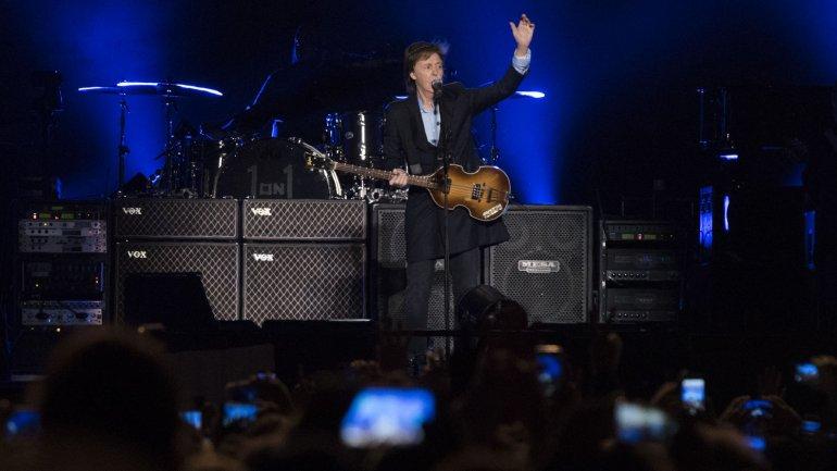 Paul McCartney en su primer show en el Estadio Único de La Plata