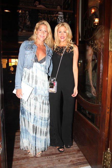 Vanesa y Barbie Simons