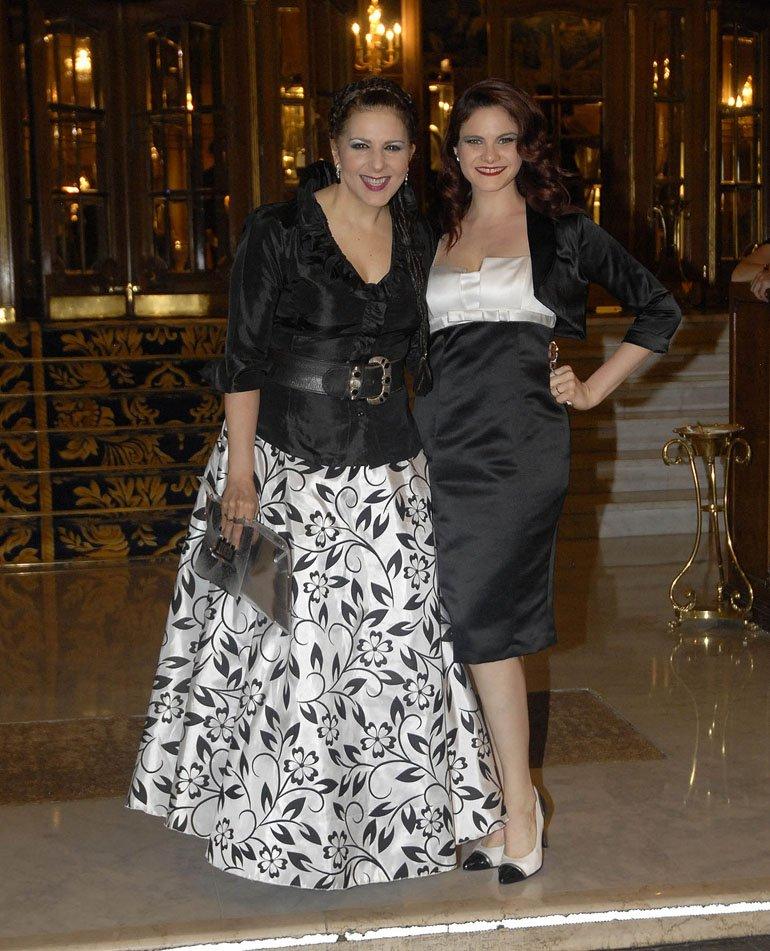 Karina K con su mujer