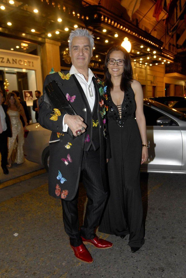 Roberto Pettinato y su novia