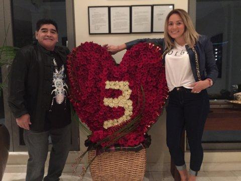 El tercer aniversario de Diego Maradona y Rocío oliva