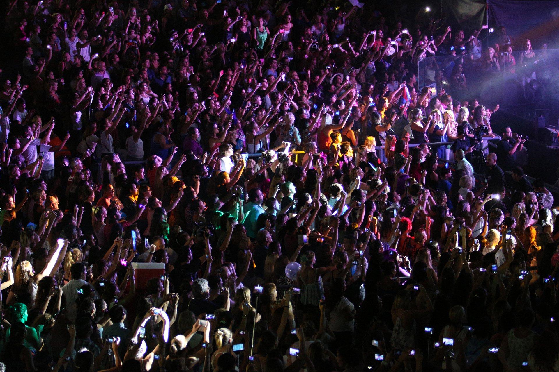 Una multitud disfrutó del show del cantante