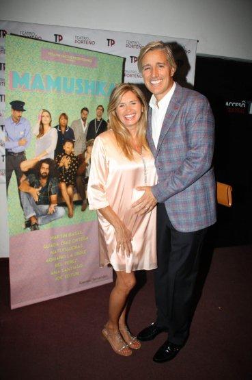 Maria Laura Leguizamón embarazada con su marido, Marcelo Figueiras