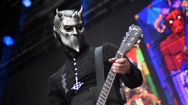 Ghost con su espectacular caracterización en Lollapalloza Argentina 2016