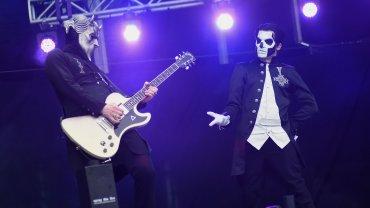 La banda Ghost se hizo presente en la segunda fecha de Lollapalooza Argentina 2016