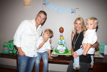Jimena Cyrulnik y su marido, Lucas Kirby con sus hijos Tyron y Calder