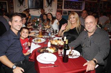 Horacio Pagani festejó sus 50 años de profesión con familiares y amigos