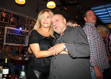 Horacio Pagani con su mujer