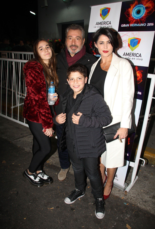 Pamela David, Daniel Vila y sus hijos
